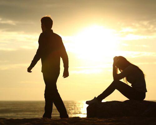 sad-couple-break-up
